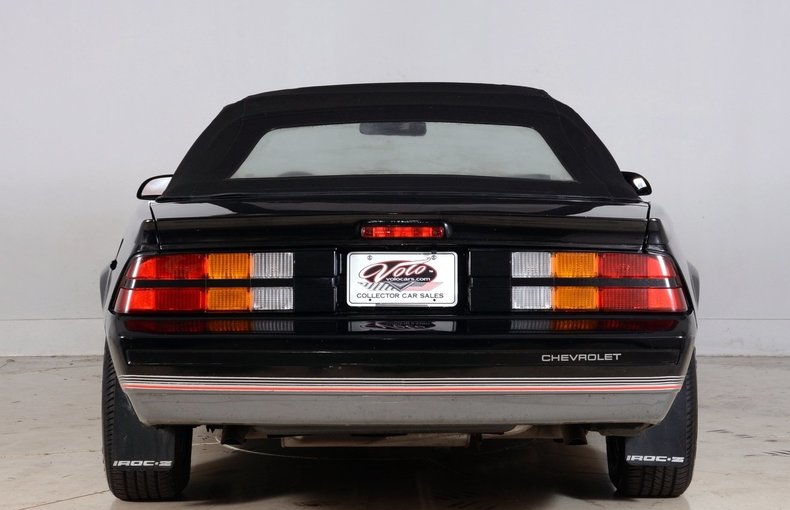 1987 Chevrolet Camaro Image 17