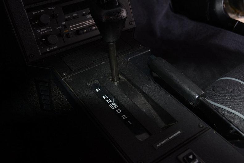 1987 Chevrolet Camaro Image 23