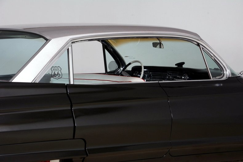 1961 Cadillac Sedan deVille Image 15