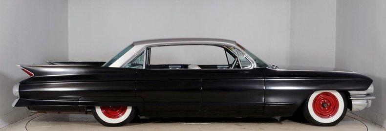 1961 Cadillac Sedan deVille Image 17