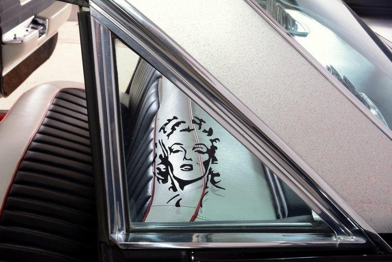 1961 Cadillac Sedan deVille Image 23