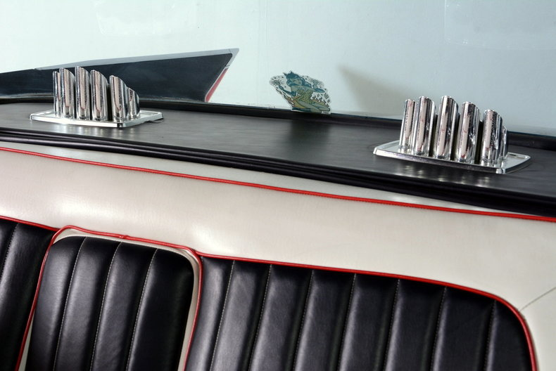 1961 Cadillac Sedan deVille Image 47