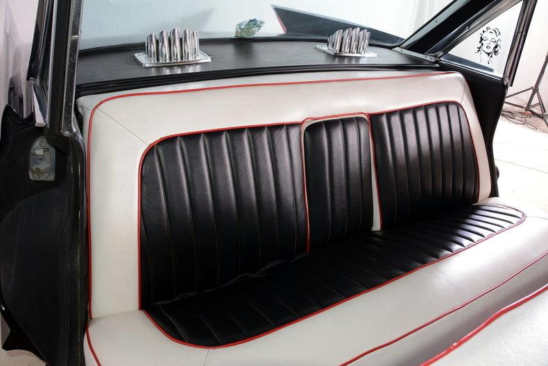 1961 Cadillac Sedan deVille Image 55