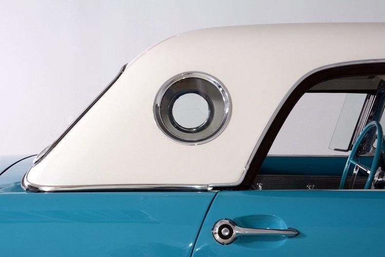 1956 Ford Thunderbird Image 5