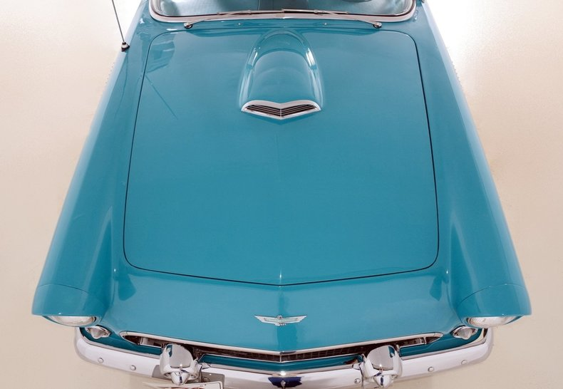 1956 Ford Thunderbird Image 9