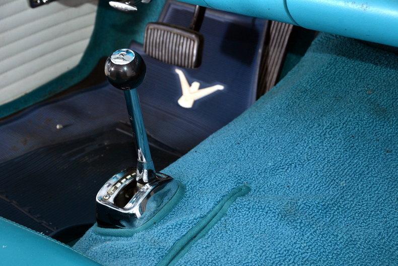 1956 Ford Thunderbird Image 10