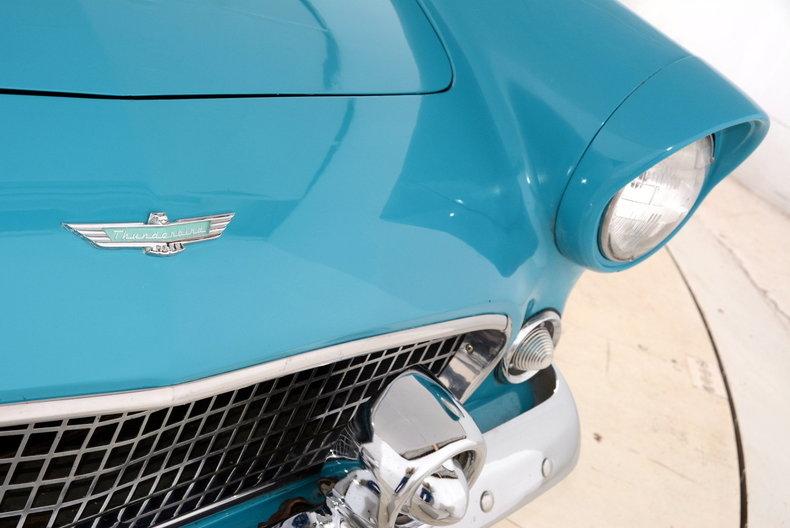 1956 Ford Thunderbird Image 19