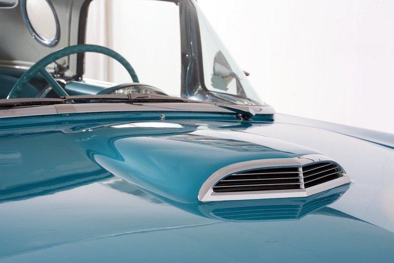 1956 Ford Thunderbird Image 21
