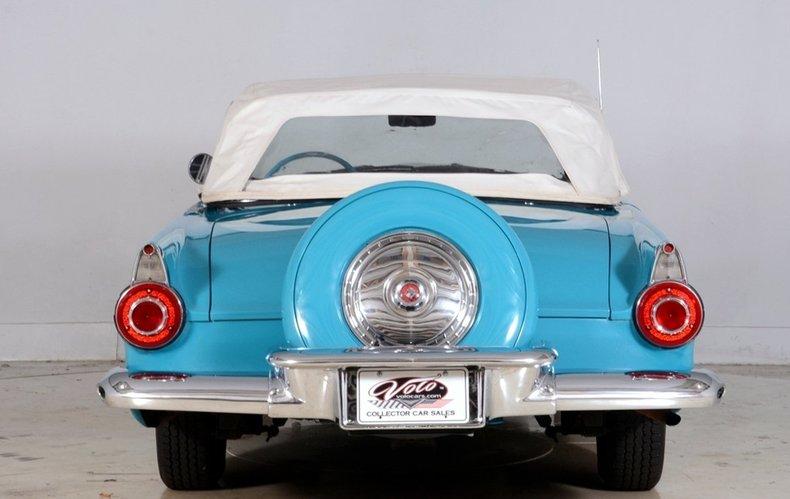 1956 Ford Thunderbird Image 25
