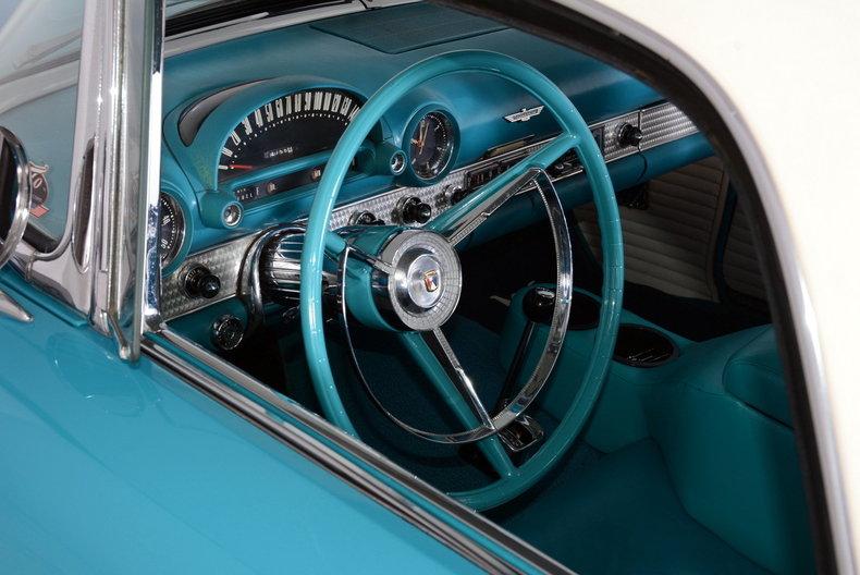 1956 Ford Thunderbird Image 35