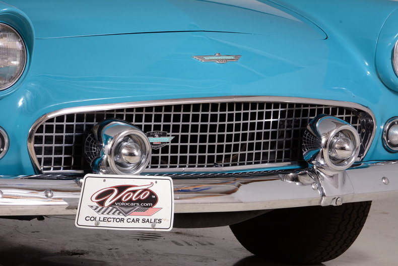 1956 Ford Thunderbird Image 37