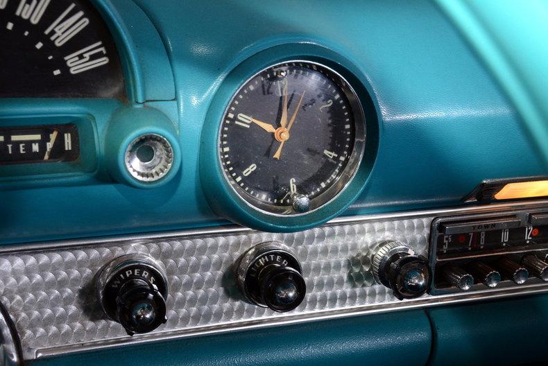 1956 Ford Thunderbird Image 46