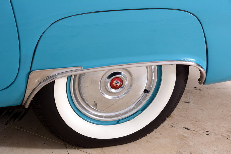 1956 Ford Thunderbird Image 50