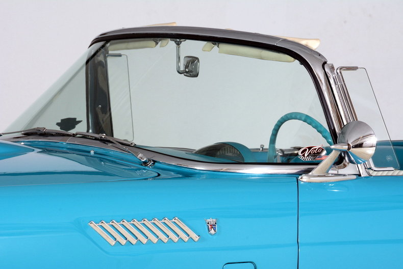 1956 Ford Thunderbird Image 54