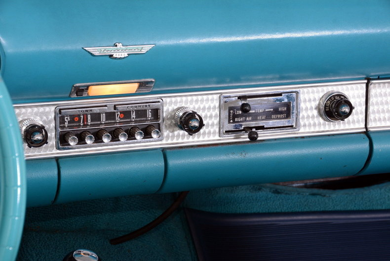 1956 Ford Thunderbird Image 74