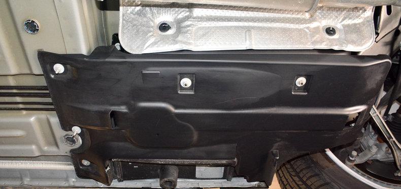 2012 Dodge Challenger R/T Image 101