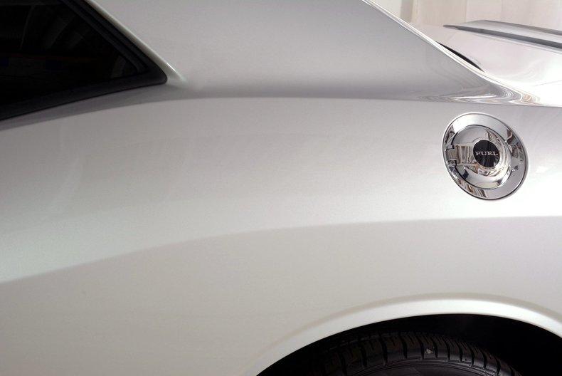 2012 Dodge Challenger R/T Image 30