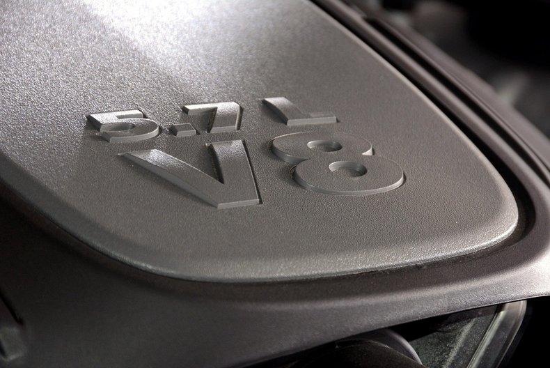 2012 Dodge Challenger R/T Image 38