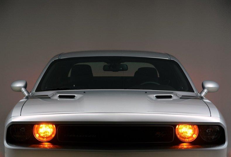 2012 Dodge Challenger R/T Image 48
