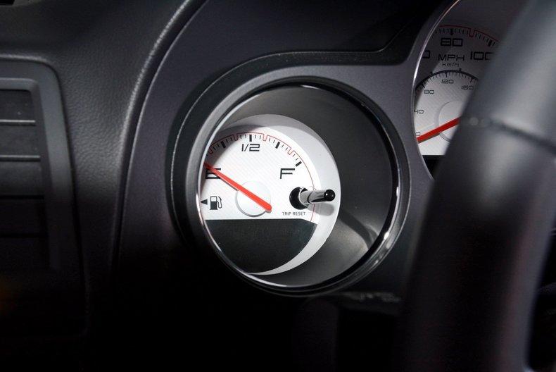 2012 Dodge Challenger R/T Image 50