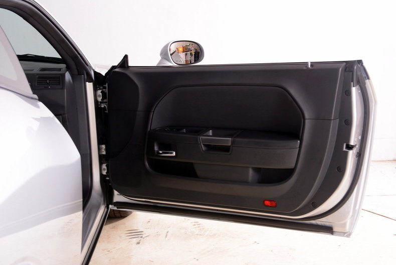 2012 Dodge Challenger R/T Image 67