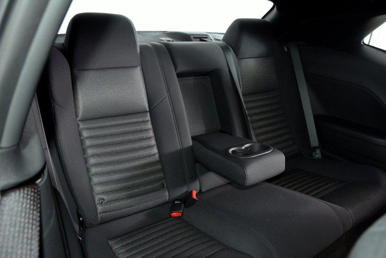 2012 Dodge Challenger R/T Image 77