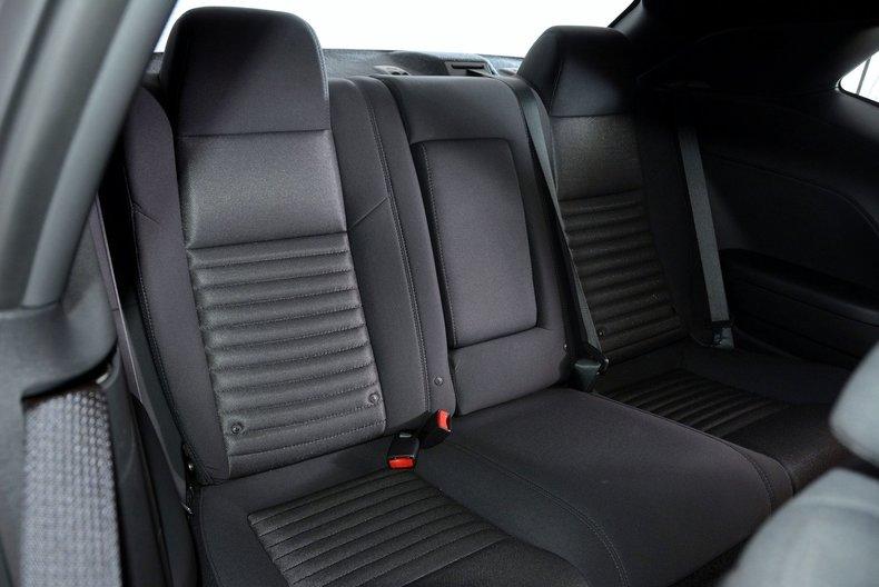 2012 Dodge Challenger R/T Image 78