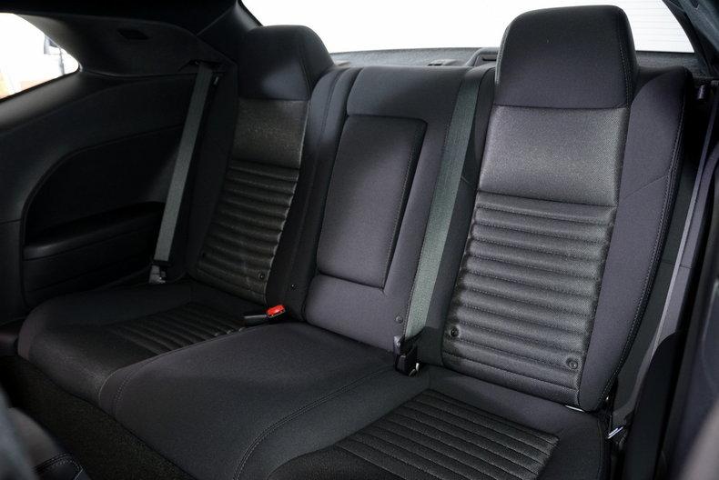 2012 Dodge Challenger R/T Image 79