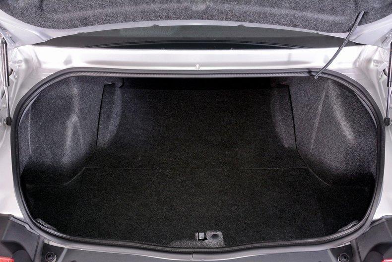 2012 Dodge Challenger R/T Image 82