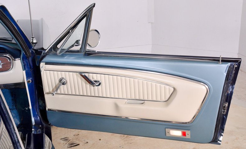 1965 Ford Mustang Image 26