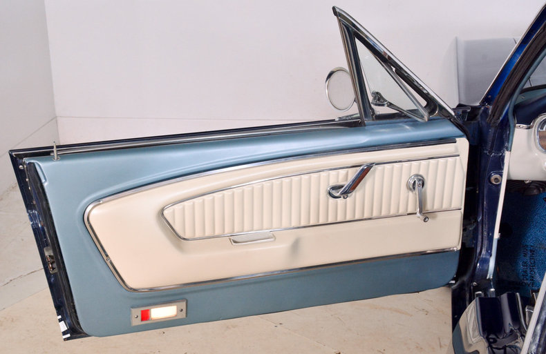 1965 Ford Mustang Image 24