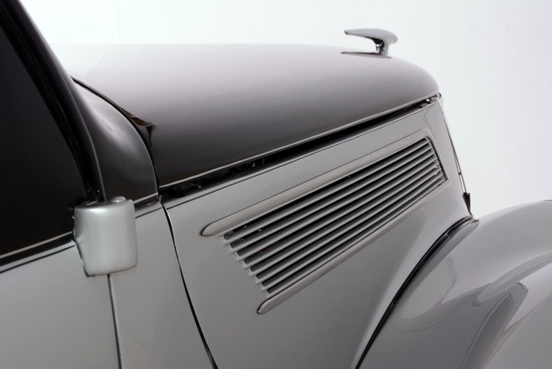 1937 Ford Deluxe Image 21