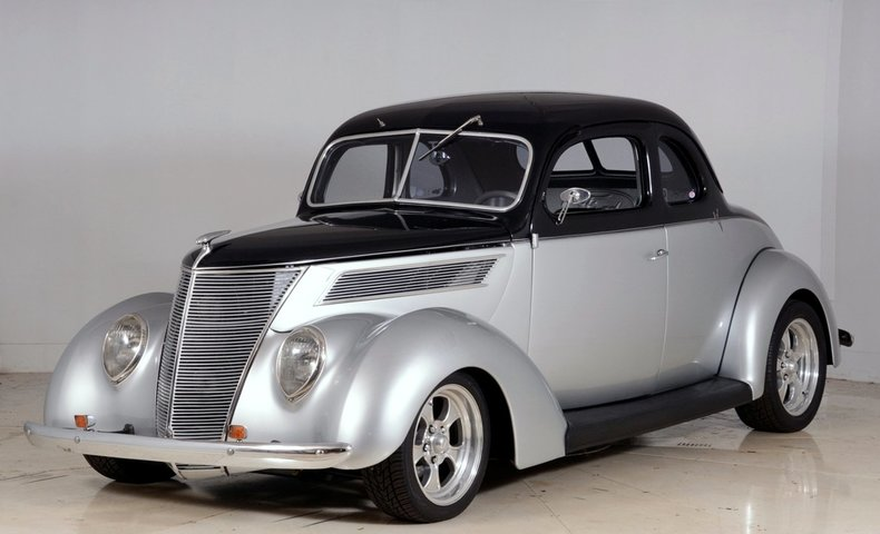 1937 Ford Deluxe Image 49