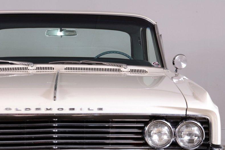 1963 Oldsmobile Dynamic 88 Image 9