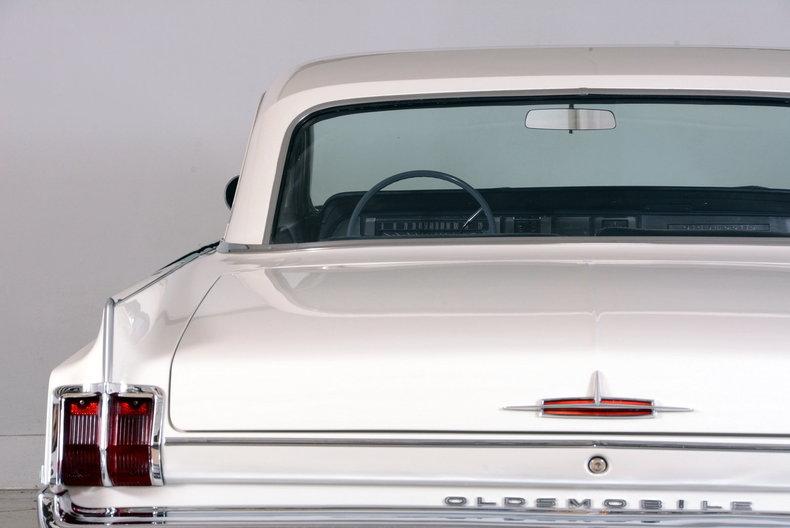 1963 Oldsmobile Dynamic 88 Image 13