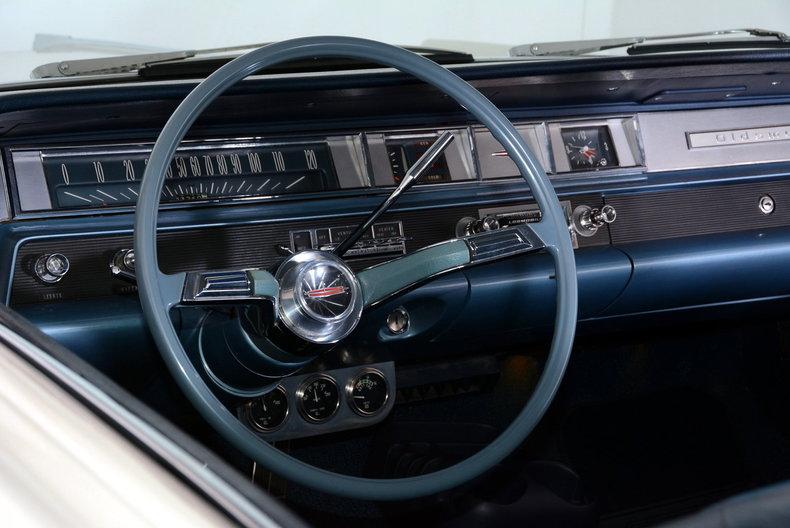 1963 Oldsmobile Dynamic 88 Image 21