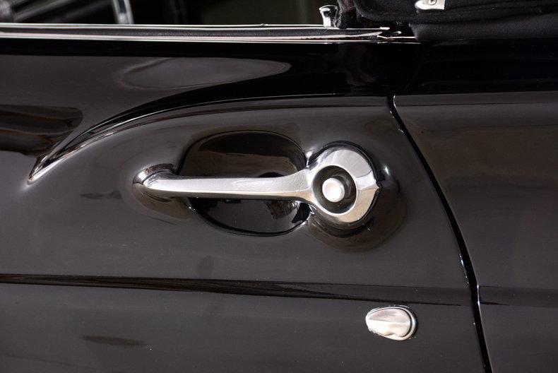 1957 Ford Thunderbird Image 14