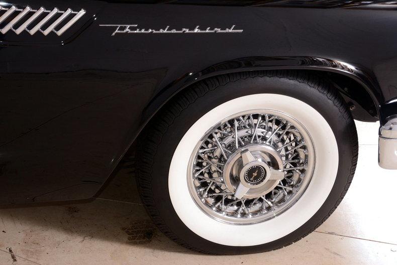 1957 Ford Thunderbird Image 39