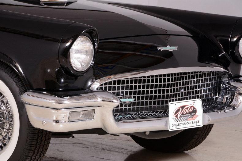 1957 Ford Thunderbird Image 43