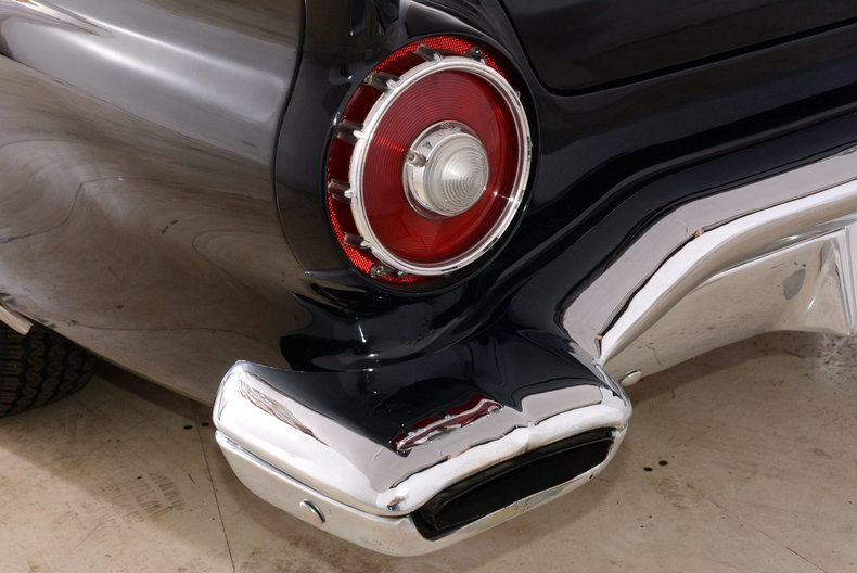 1957 Ford Thunderbird Image 50