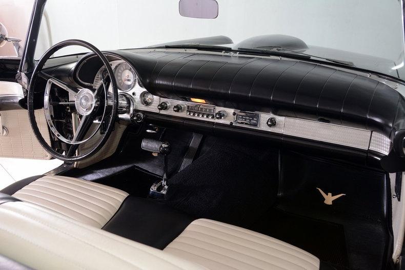 1957 Ford Thunderbird Image 62