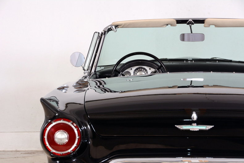 1957 Ford Thunderbird Image 77