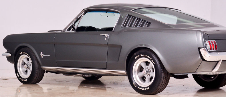 1965 Ford Mustang Image 39