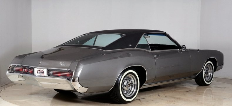 1967 Buick Riviera Image 3