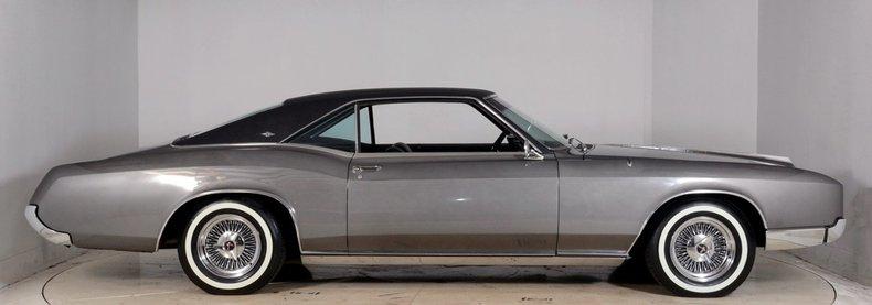 1967 Buick Riviera Image 17