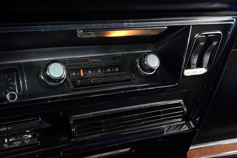 1967 Buick Riviera Image 20