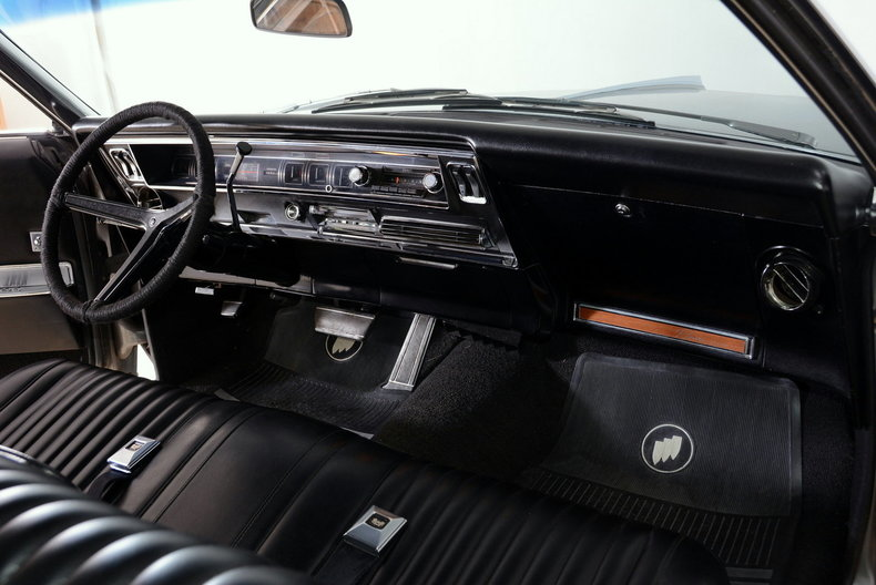 1967 Buick Riviera Image 36