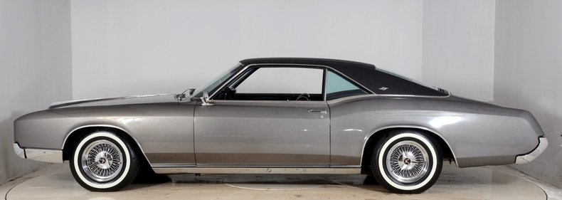 1967 Buick Riviera Image 41