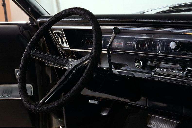 1967 Buick Riviera Image 50
