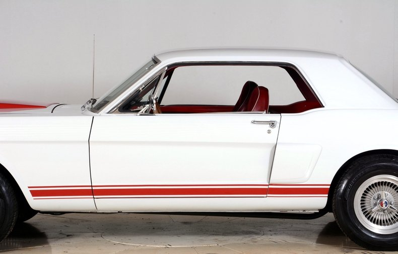 1965 Ford Mustang Image 15